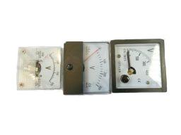 Voltmetr--220-V-230-V-380-V-400-V(4).jpg